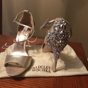 Badgley Mischka champagne heels